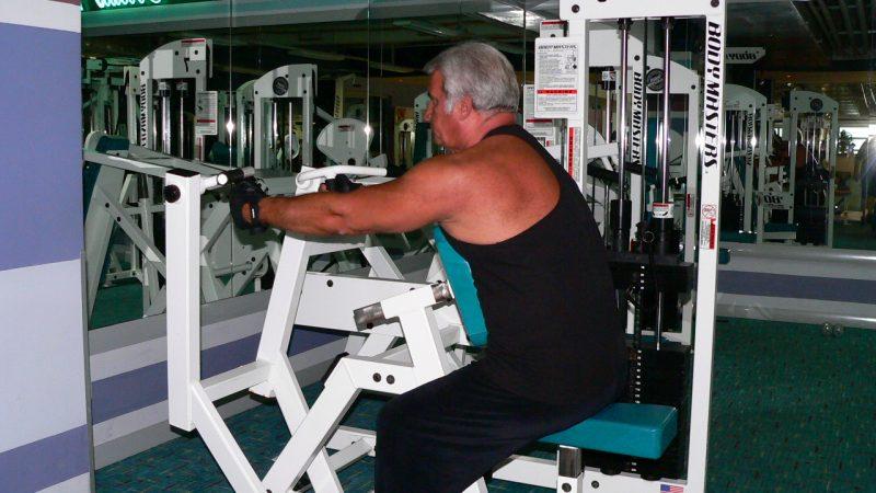 Seated Row Machine – Hammer Grip