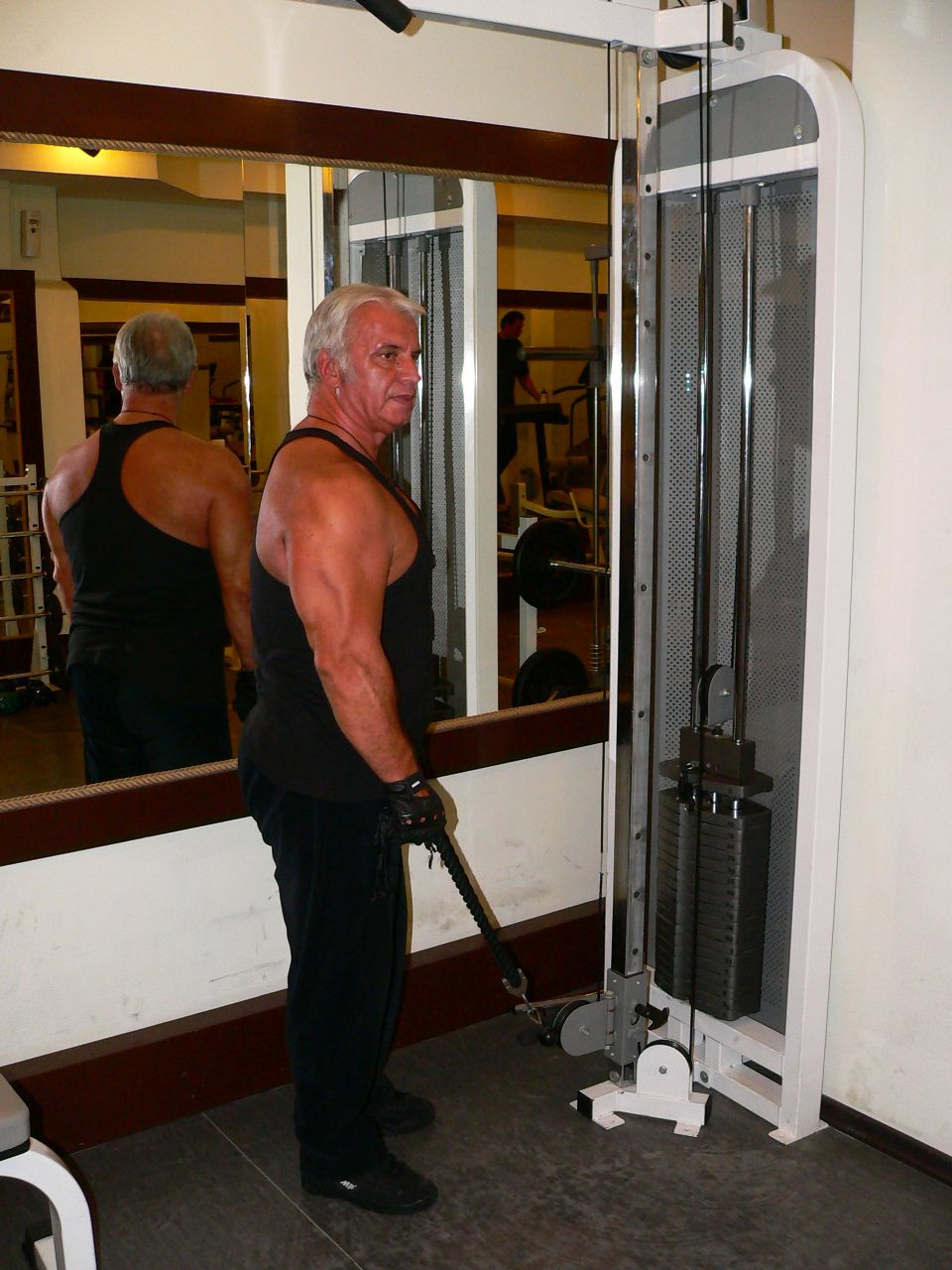 Cable Hammer Curl – Rope Attachment