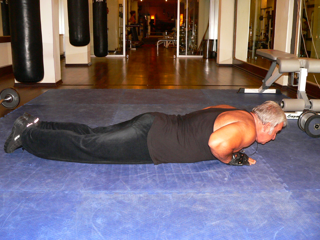 Push Up – Close Triceps Position
