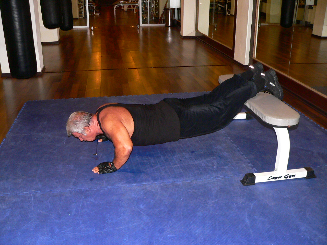 Push Up Legs On The Bench