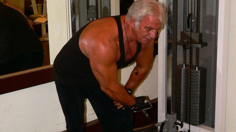Bent Over One Arm Cable Side Lateral