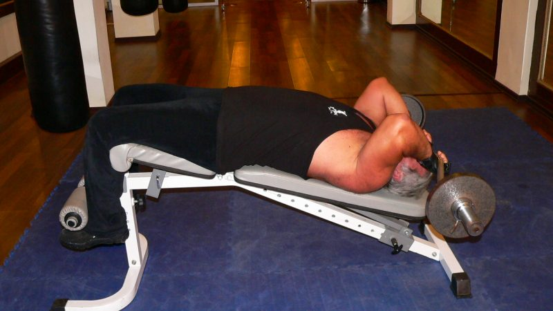 Decline Z-Barbell Triceps Extension