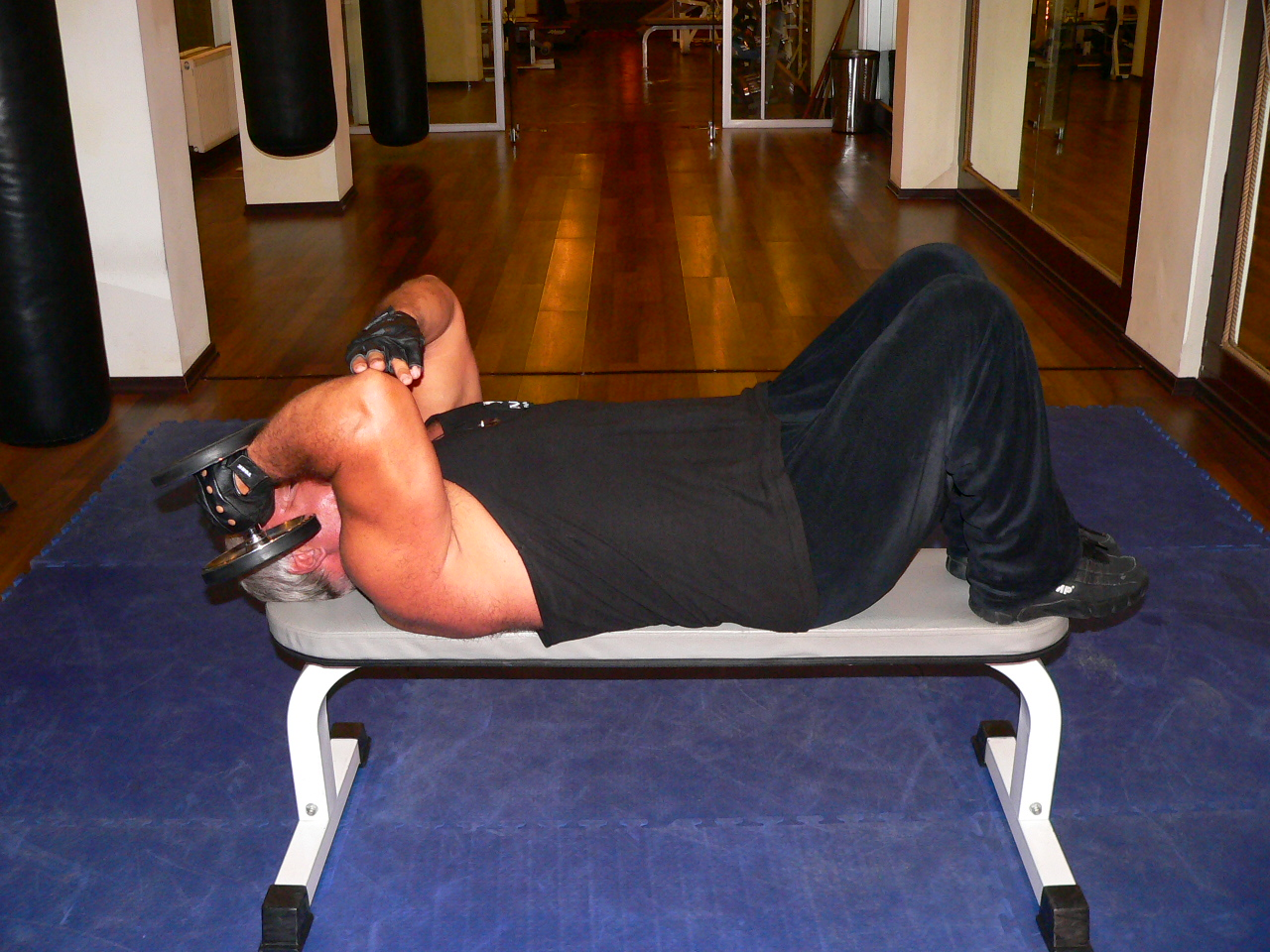 One Arm Supinated Dumbbell Triceps Extension
